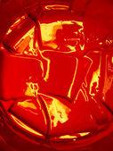 Vernice rossa brillante nel contenitore — Foto Stock