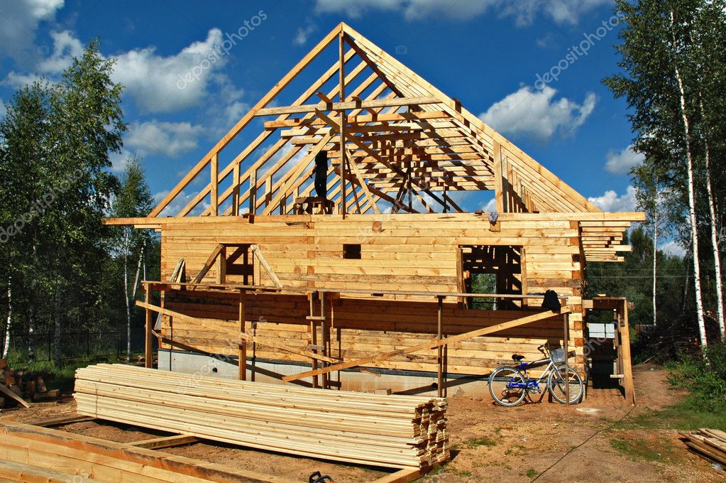 Construction of the country house from a bar on a country site — Stock fotografie #1053318