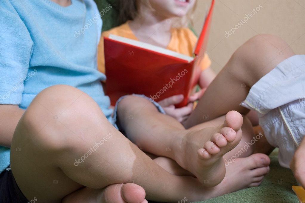 Kids Feet Pictures Feet View of Kids Reading a