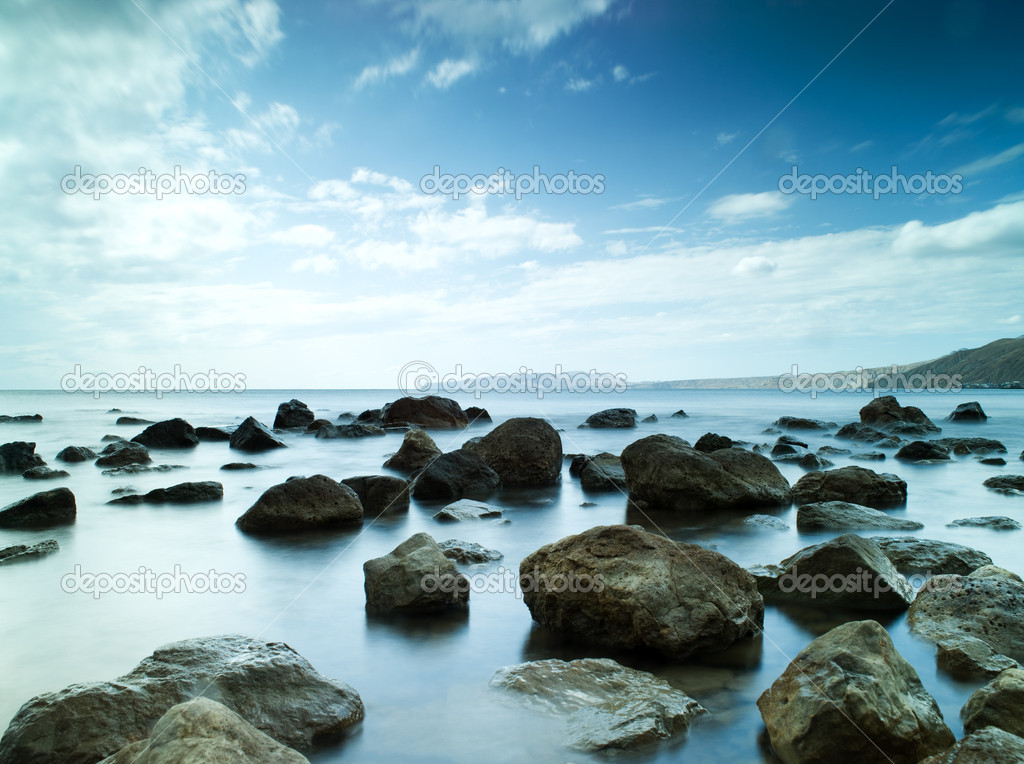 Sleeping sea. sea coast with slow shutter speed — Stock Photo #1005910