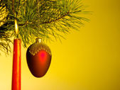 Xmas still-life on the golgen background — Stockfoto