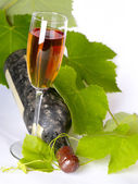 Old wine still-life. Bottle and glass wi — Stock Photo