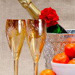 Champagne flutes in ice bucket, — Stock Photo