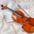 Royalty-Free Stock Photo: Violin and notes