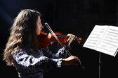 Beautiful violinist musician — Stock Photo