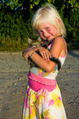 Little girl with kitten — Stock Photo