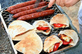 Grilled sausages,halloumi cheese with to — Stockfoto