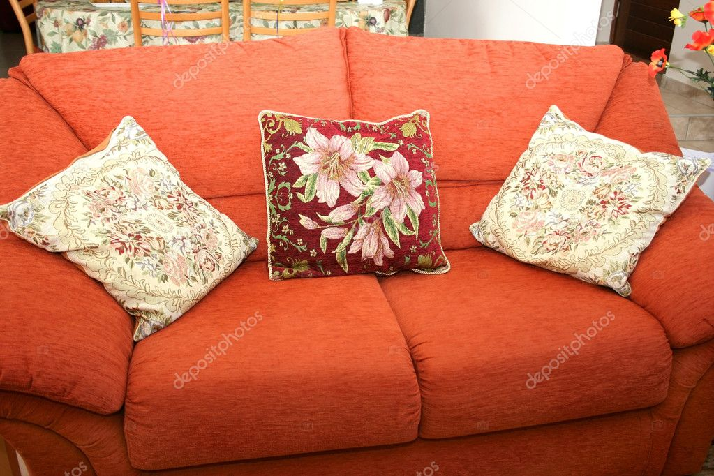 Comfortable sofa and cashions. — Stock Photo #1011647