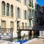 bruggen in Venetië — Stockfoto