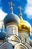 Russisch-orthodoxe kerk — Stockfoto