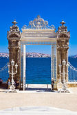 Dolmabahce gate — Stock Photo
