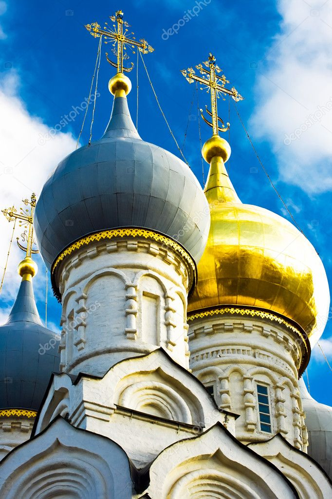 Russian orthodox church domes and crosses details, Moscow — Stock Photo #1008604
