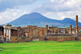 Vesuvius and Pompeii — Stock Photo