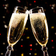 Two champagne glasses making toast — Foto Stock