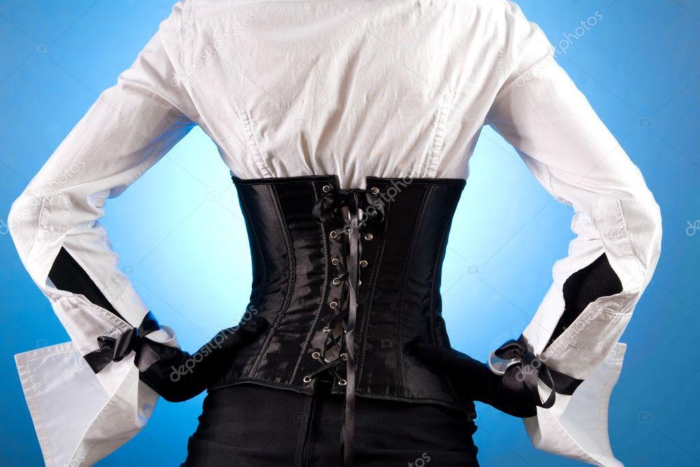 Фото девушки со спины в одежде 1 фотография