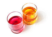 Two glasses with drinks — Stock Photo