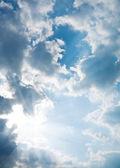 Contrast blue sky with sun — Stock Photo