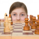 Girl ang chess — Stock Photo #1016628