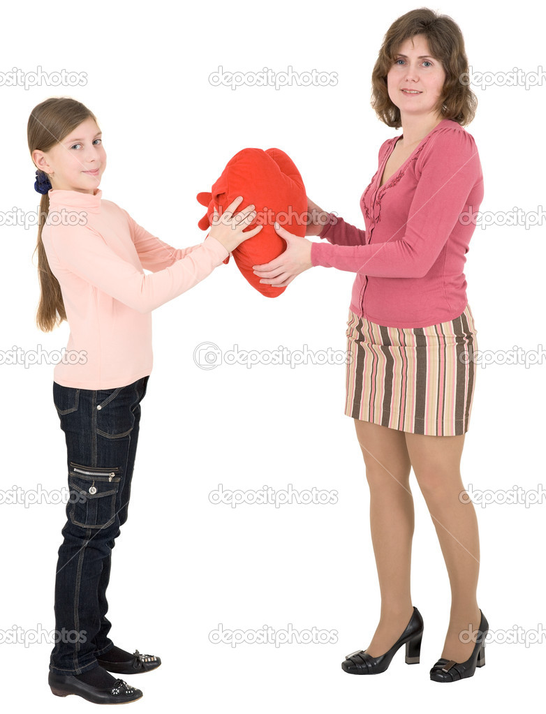Woman give heart to girl on a white background — Stock Photo #1017164