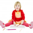 Little girl draws — Stock Photo
