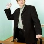 Director en un lugar de trabajo con papel — Foto de Stock   #2269104