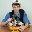 Man in uniform cap with sailer — Foto de Stock