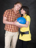 Pair of lovers and balloon — Stock Photo