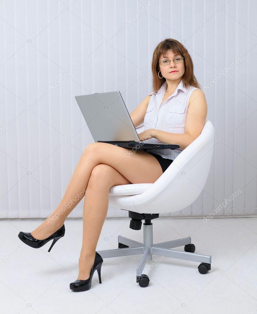 Сидя в колготках фото 6 фотография