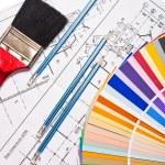 potloden, tekeningen, Kleurengids op wit — Stockfoto