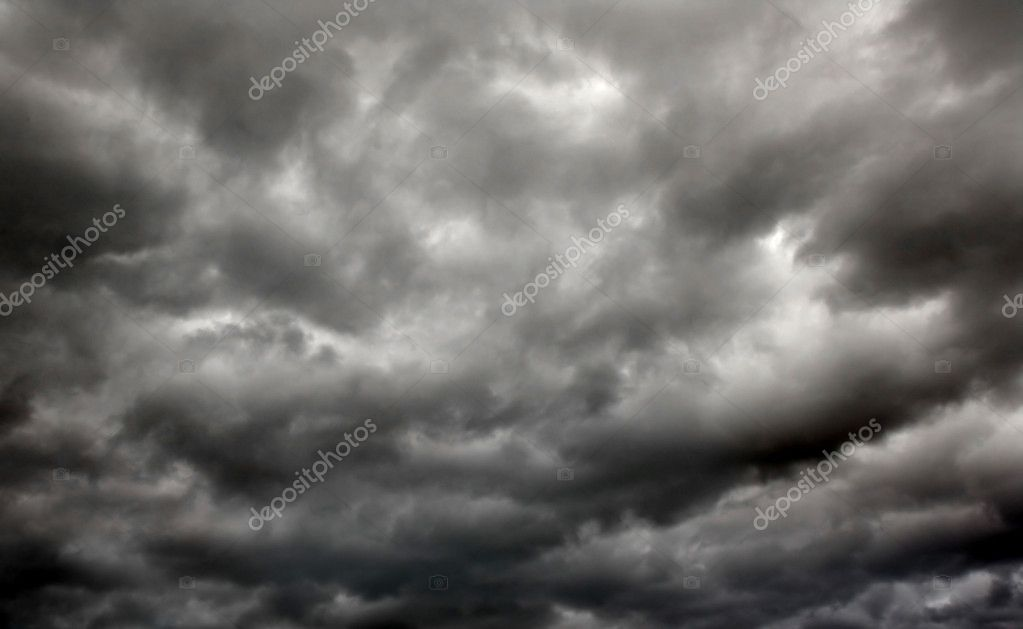Heavy gale black stormy clouds — Stock Photo #1017095