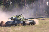 坦克 — 图库照片