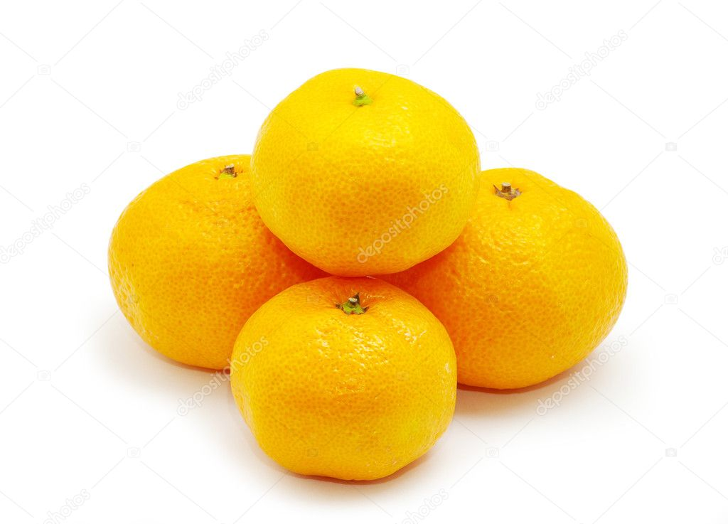 Tangerines isolated on the white background — Stock Photo #1015161