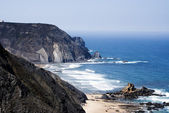 Pláž u atlantského oceánu v portugalsku — Stock fotografie