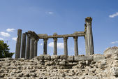 Roman temple in the town of Evora, — Stock Photo