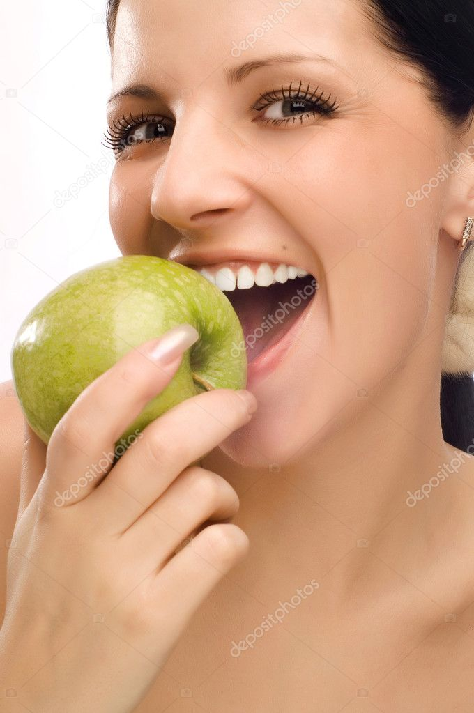 Young woman eating apple  — Stock Photo #1017375