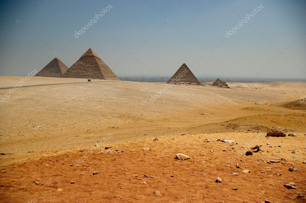 The Egyptian pyramids with desert — Stock Photo #1009985