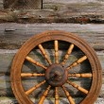 Hand Spinning Wheel — Stock Photo #1011953