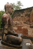 Statue of Seated Buddha in Vatadage Temp — Stock Photo