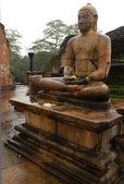 Buddha Image in Vatadage Temple — Stock Photo