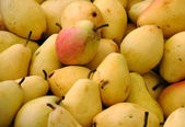Closeup Image Of Pears On The Market — Stock Photo