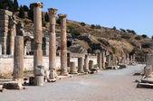 Kolumny z efezu — Zdjęcie stockowe