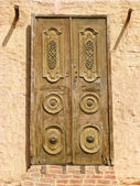 Oriental wooden doors — Stock Photo