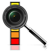 Camera lens and film — Stock Vector