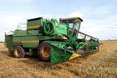 Combinare il campo di grano — Foto Stock