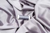 Hedvábné tkaniny a vlákna — Stock fotografie