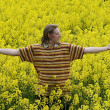 Young man in meadow — Stock Photo