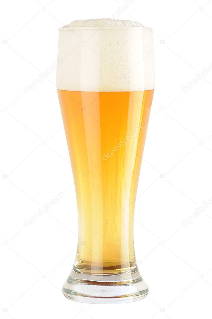 Complete glass of light beer without matt cover and drops — Stock Photo #1017284