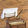 Age-old set for writing — Stock Photo