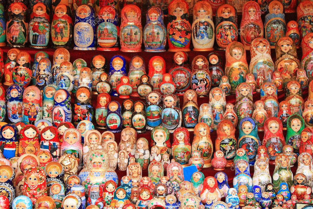 Traditional Russian souvenirs, laid out in rows on the counter  Stock Photo #1037533