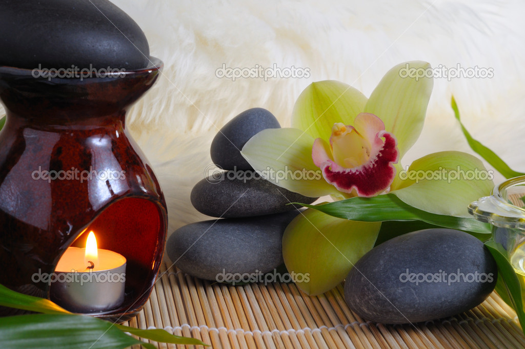 Old traditions of spa massage — Stock Photo #1098436